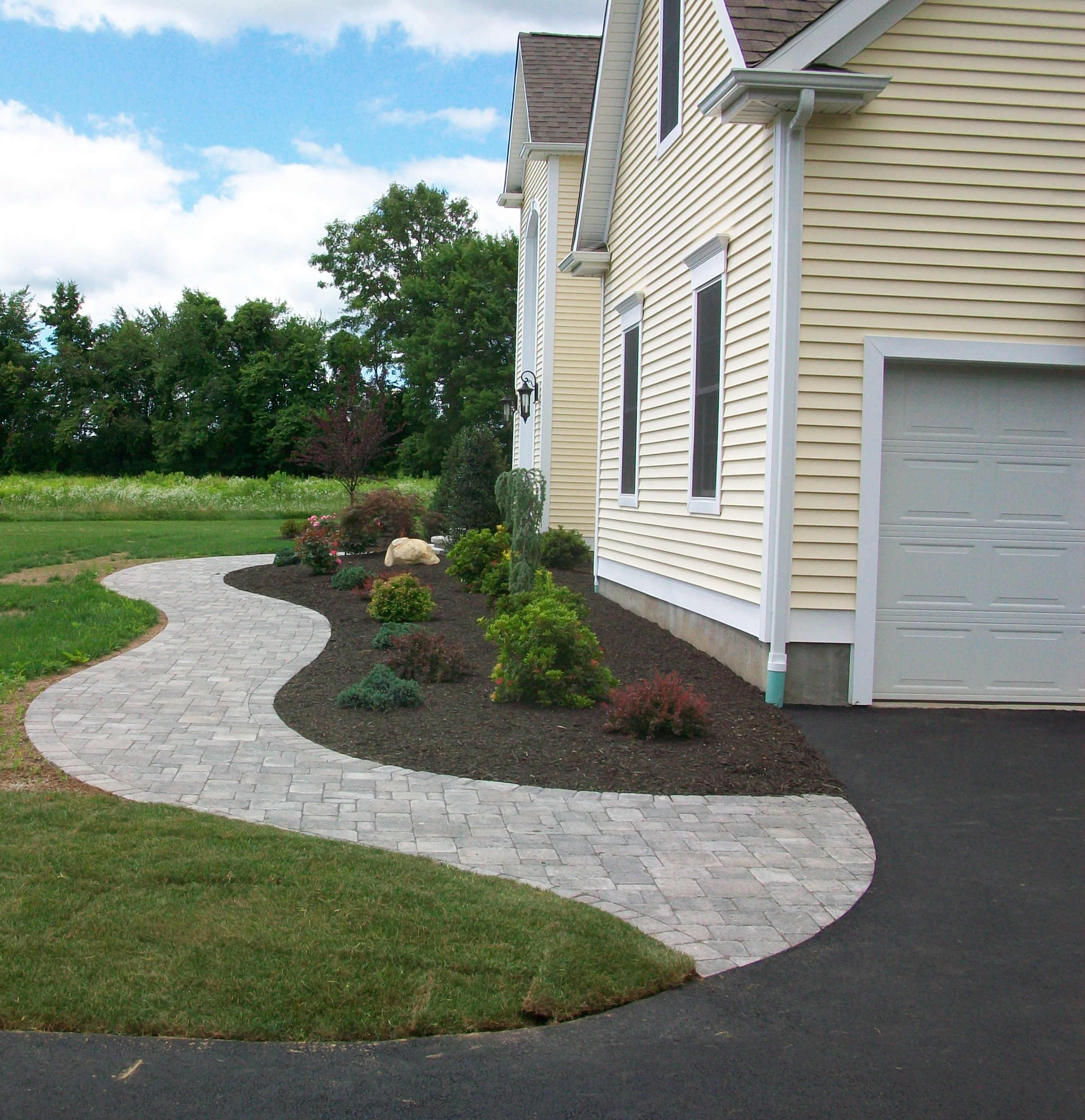 Landscaped Gardens Facility: About Cropley's Landscaping